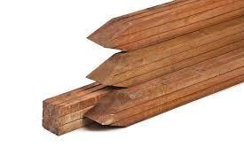 Palen 85 x 85 hardhout geschaafd met 4 ronde hoeken diverse lengtes